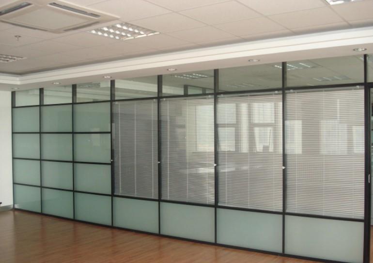 不锈钢玻璃隔断 不锈钢展示 武汉宏利达不锈钢制作